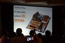 Beitragsbild: Auffälliges Übertaktermainboard auf der CES 2011 gesichtet